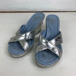 Coach 7 Silver Criss Cross Leather Wedge Sandals